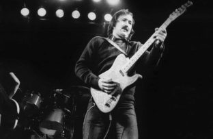 Nace James Burton