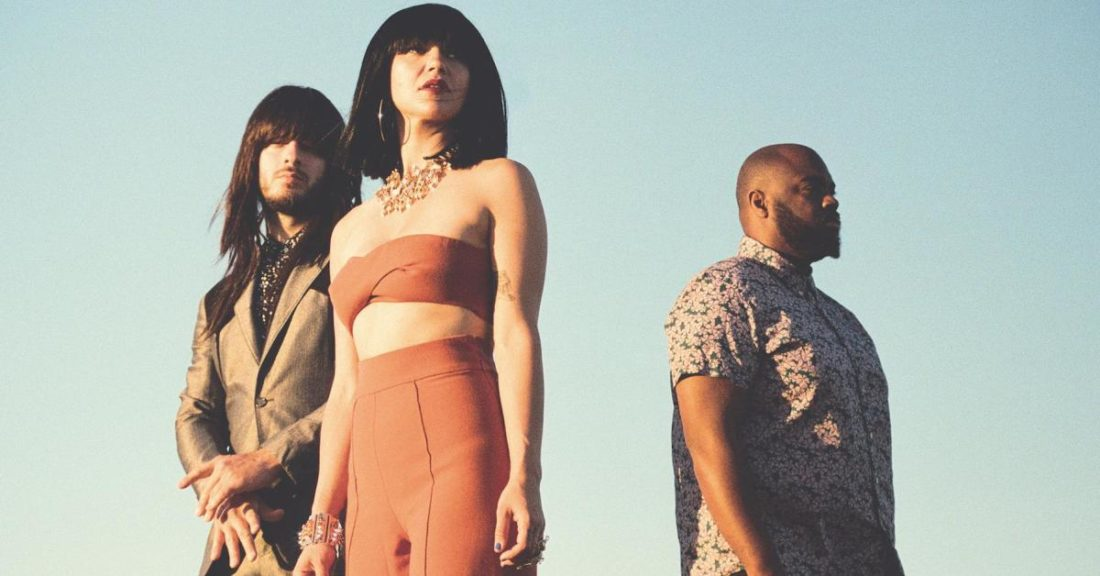 "Khruangbin celebra a Beck con remix de su tema ""No Distraction"""