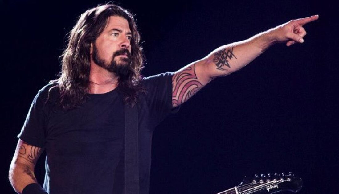 Dave Grohl publicará libro Dave Grohl: The Storyteller